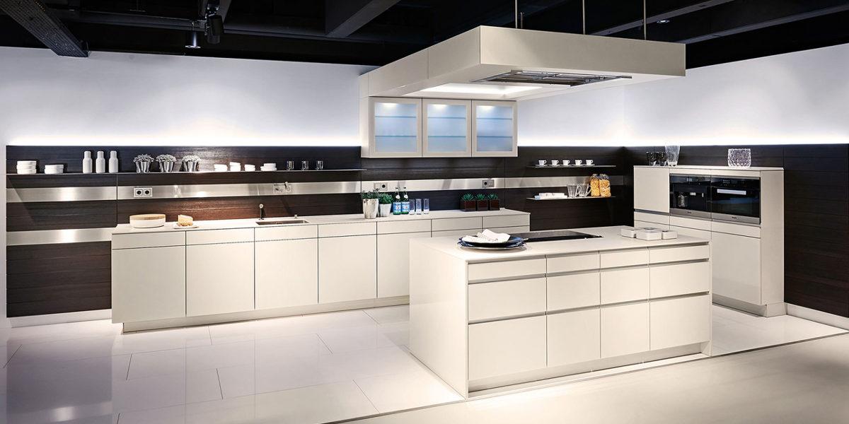 poggenpohl german kitchens poggenpohl kitchens. Black Bedroom Furniture Sets. Home Design Ideas
